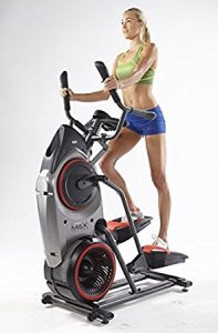 doing exercise on bowflex max trainer m5
