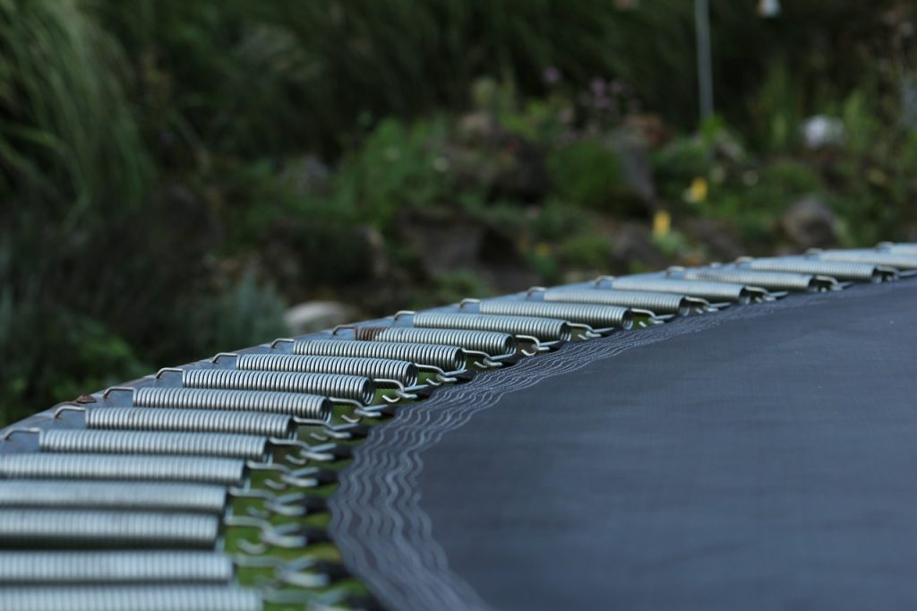 assemble trampoline springs